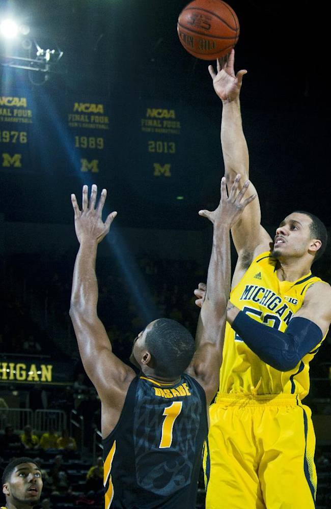 Morgan back in spotlight for Michigan