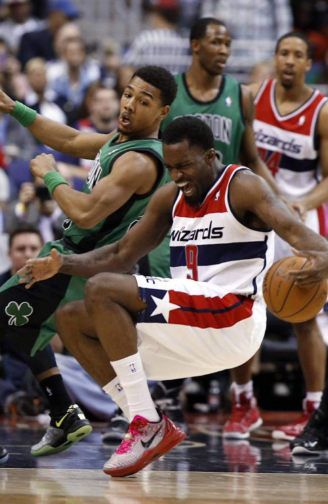 Wizards top Celtics 118-92 to clinch playoff berth