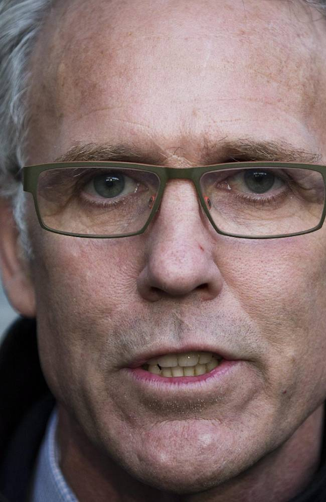 Edmonton Oilers general manager Craig MacTavish speaks to reporters following the NHL general managers' meetings in Toronto, Tuesday, Nov. 12, 2013. (AP PhotoMark Blinch