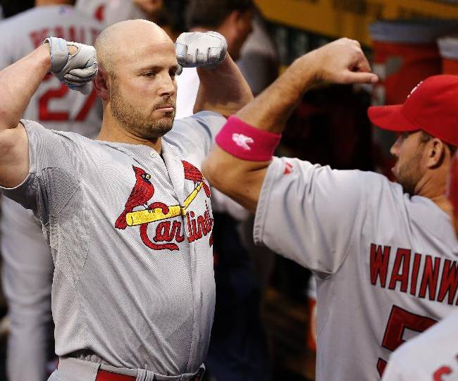 Cardinals hold on to beat Pirates 6-5