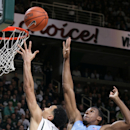 North Carolina beats No. 1 Michigan State 79-65 The Associated Press