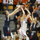 Gonzaga's Shelby Chelsea, left. tries to take the ball from Oregon State's Ruth Hamblin during Gonzaga's 76-64 victory in a college basketball game in the second round of the NCAA women's tournament in Corvallis, Ore., Sunday, March 22, 2015. (AP Photo/Ti