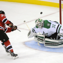 Benn, Spezza score in SO, Stars edge Devils The Associated Press