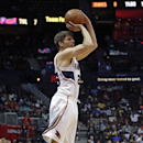 Korver leads Hawks to 107-97 win over Clippers The Associated Press