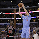 Dudley, Redick lead Clippers' 121-82 rout of Bulls The Associated Press