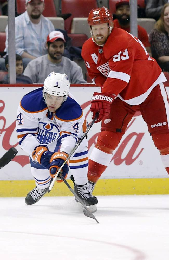 Banged-up Red Wings beat Oilers 2-1 in SO