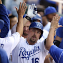Butler, Royals win 5th straight, 4-2 over Giants The Associated Press