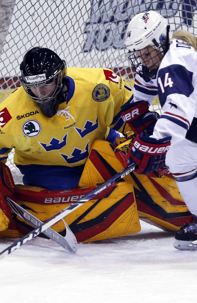 Canada wins Four Nations Cup, beating Finland 6-3