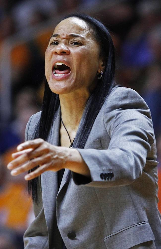 South Carolina coach Dawn Staley yells to her team in the second half of an NCAA college basketball game against Tennessee on Sunday, March 2, 2014, in Knoxville, Tenn. Tennessee won 73-61