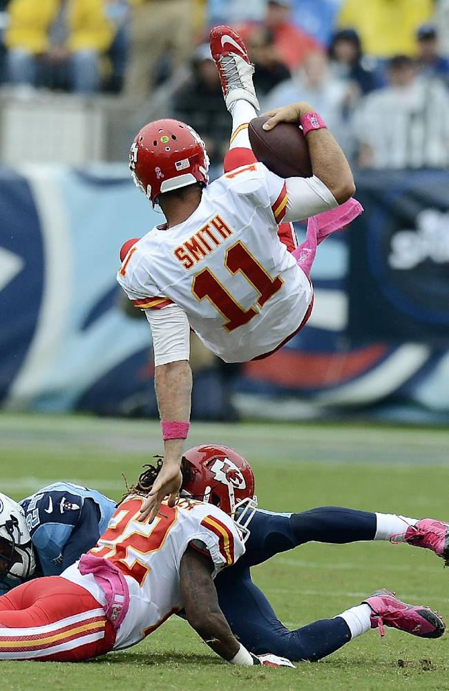 Perfect Chiefs rally for 26-17 win over Titans