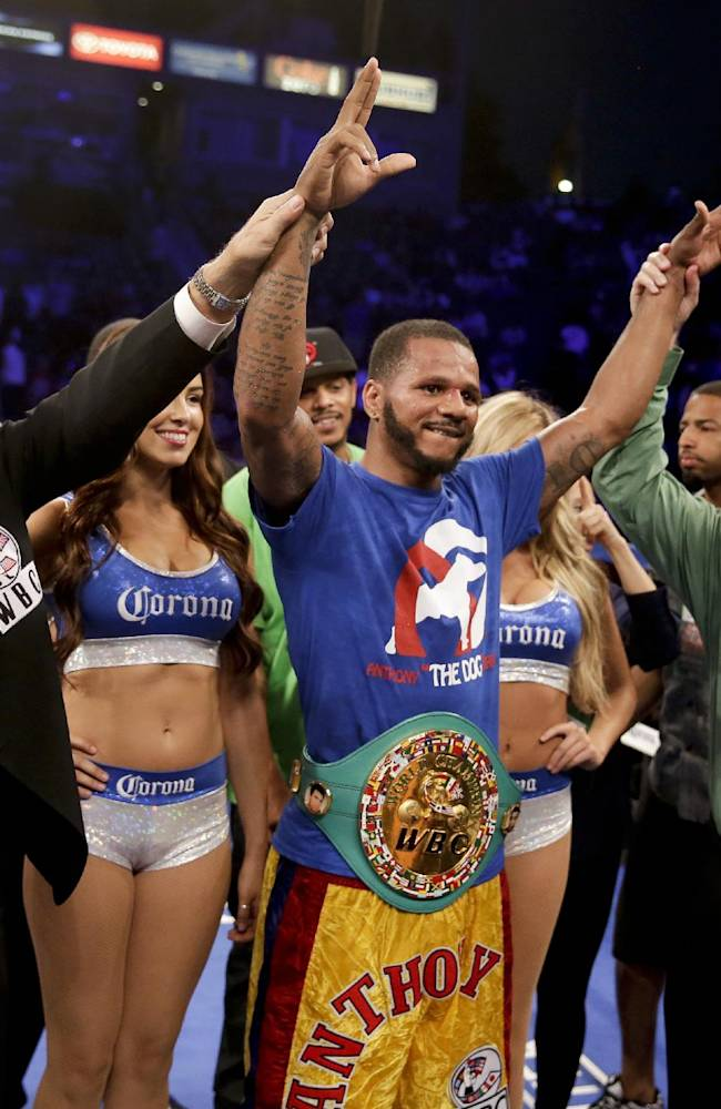 Brook edges Porter, claims IBF welterweight title