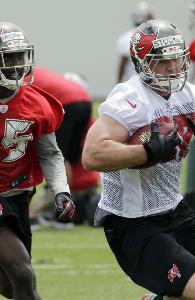 Smith leads Buccaneers' voluntary minicamp