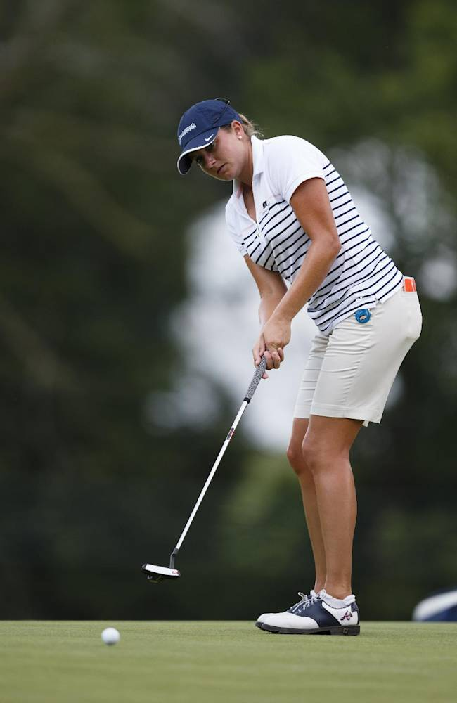 Dori Carter putts during the first round of the Marathon Classic golf tournament at Highland Meadows Golf Club in Sylvania, Ohio, Thursday, July 18, 2013