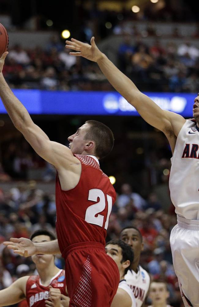 Wisconsin beats Arizona 64-63 in OT in West Region