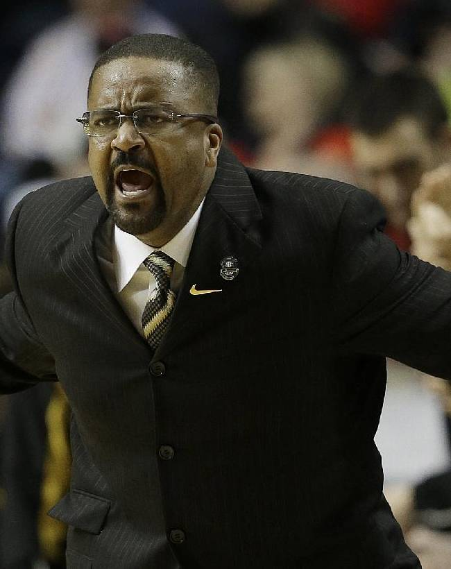 Missouri stands behind Haith despite NCAA penalty