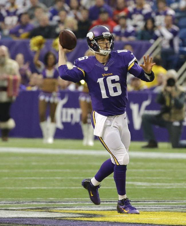 Minnesota Vikings quarterback Matt Cassel throws a pass during the first half of an NFL football game against the Detroit Lions, Sunday, Dec. 29, 2013, in Minneapolis
