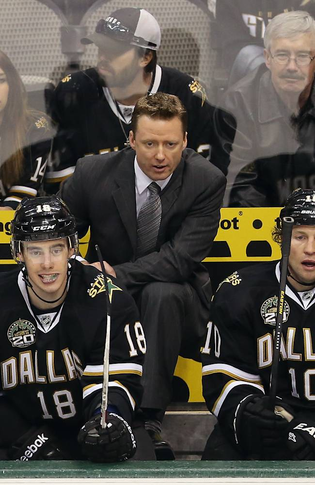 Head coach, Glen Gulutzan of the Dallas Stars at American Airlines Center on March 3, 2013 in Dallas, Texas. (Photo by Ronald Martinez/Getty Images)