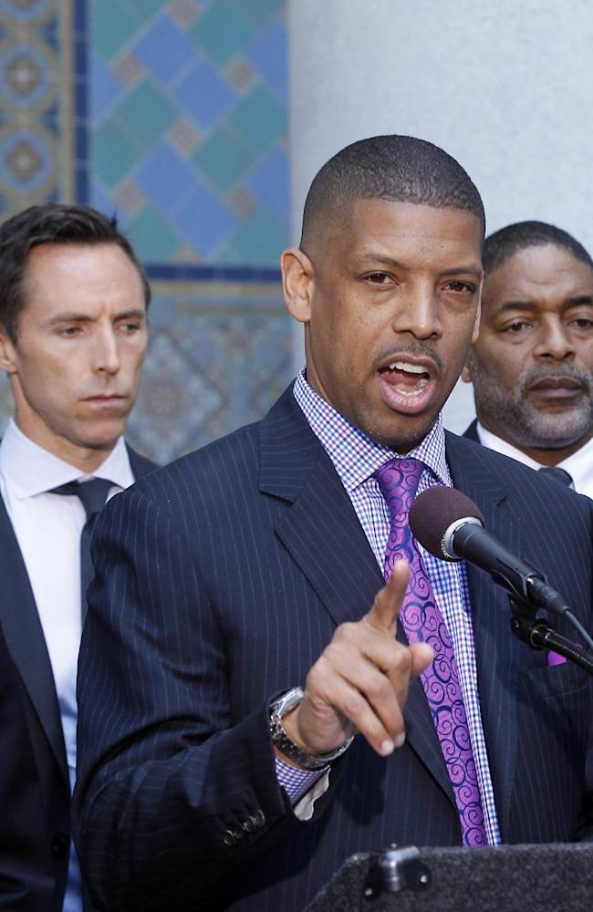 Being mayor, player aided Johnson in Sterling push
