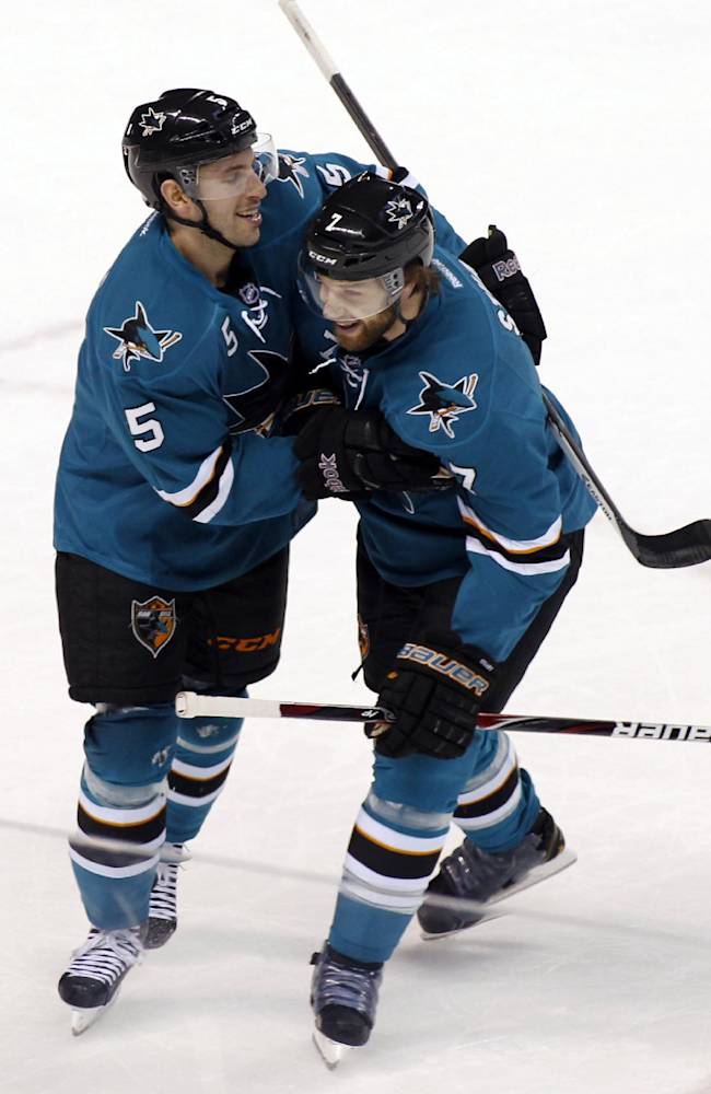 Sharks win wild one, beat Avs 5-4 in shootout