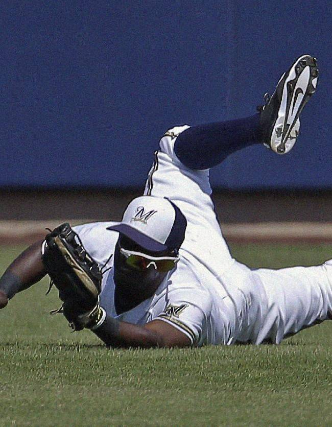 Ross hitless again; Padres beat Brewers 6-2