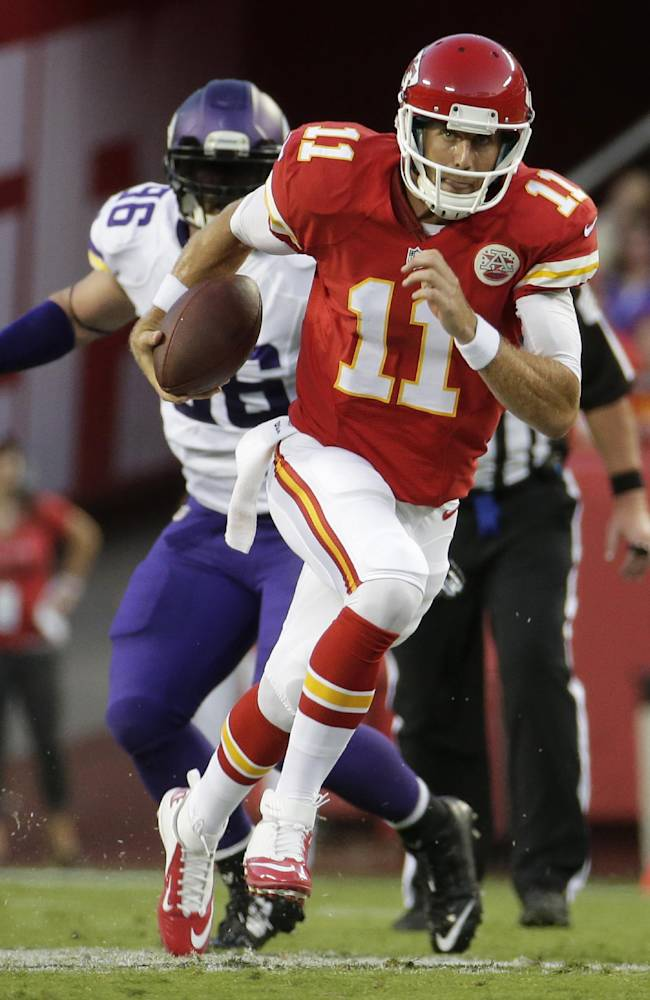 Chiefs' Smith remains unconcerned about contract