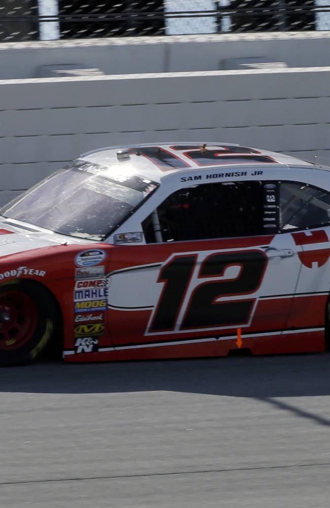 Hornish, Dillon separated by 17 in Nationwide