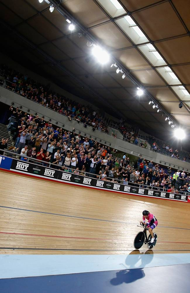 Sarah Storey - Women's Hour Record Attempt