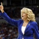 Oklahoma head coach Sherri Coale gestures during the first half of a regional semifinal game against Tennessee in the women's NCAA college basketball tournament in Oklahoma City, Sunday, March 31, 2013. (AP Photo/Sue Ogrocki)
