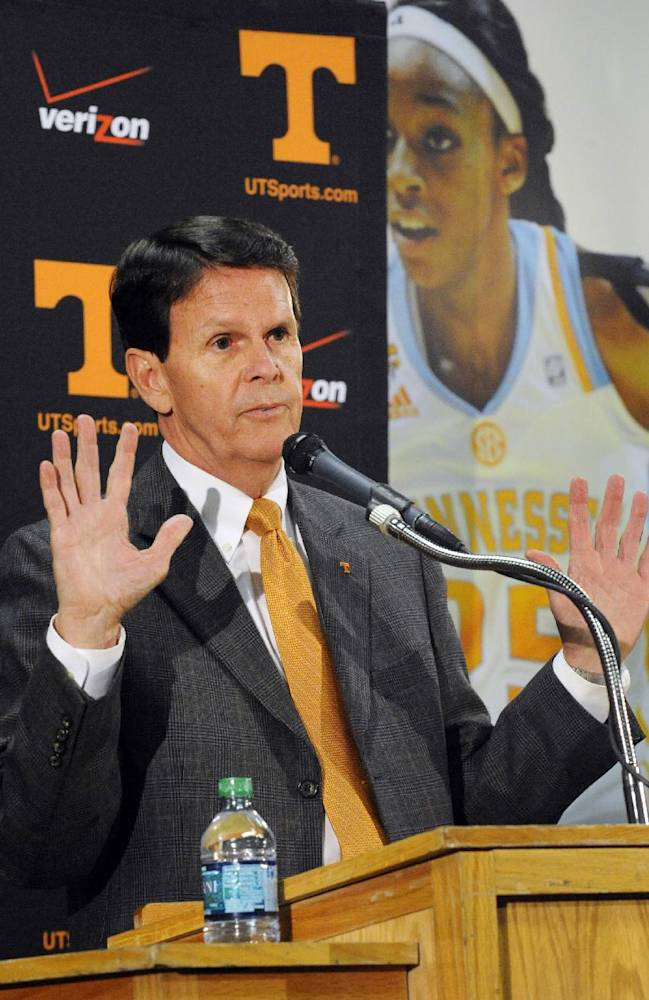 Tennessee athletic director Dave Hart announces Tennessee's Cuonzo Martin is leaving to be head coach at California during a news conference Tuesday, April 15, 2014, in Knoxville, Tenn. Hart said Martin's departure came as a surprise