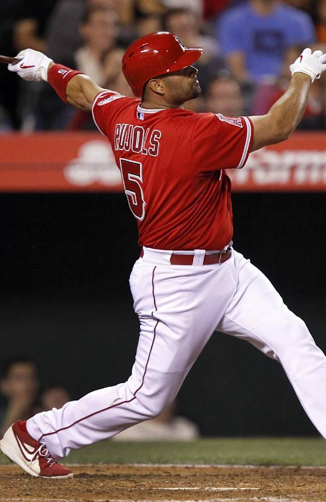 Angels hit 3 HRs in 7-3 win over Rays