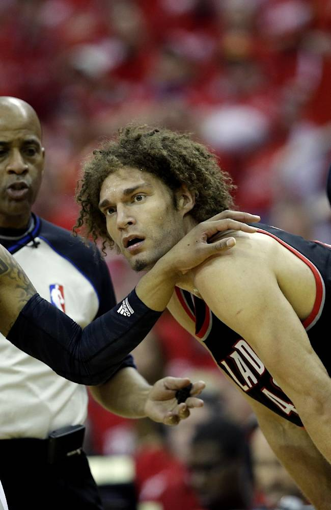 Aldridge leads Blazers over Rockets 122-120 in OT