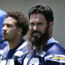 Weddle works with Chargers while statements linger The Associated Press