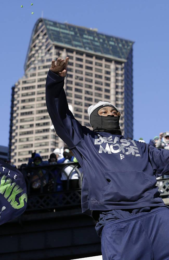 Seattle turns up for Seahawks Super Bowl parade