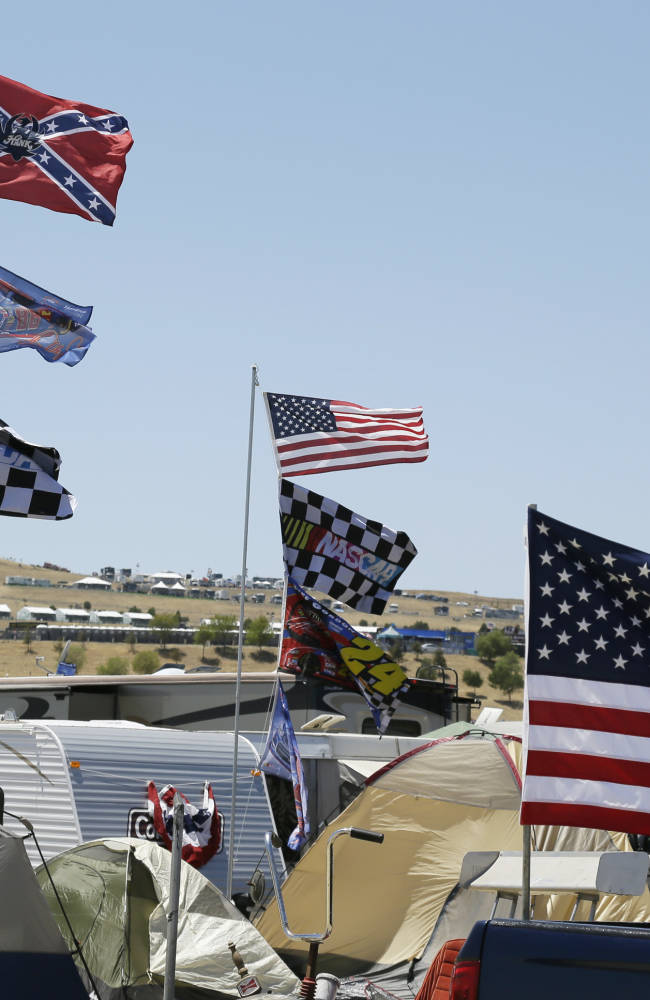 Daytona offers American flags in exchange program
