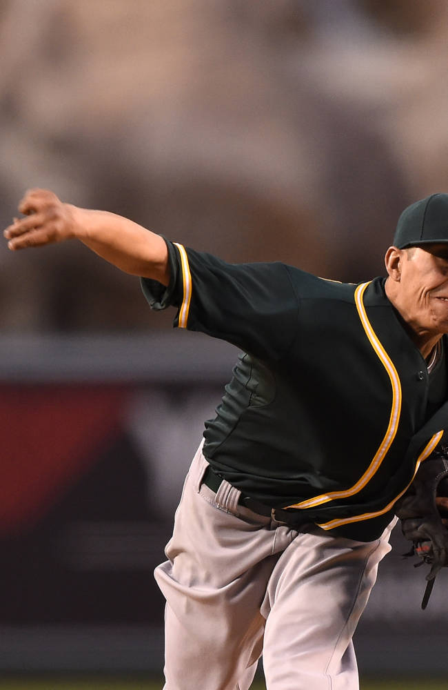 John Jaso's pinch-hit HR lifts A's over Angels 3-2