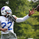 Buffalo Bills running back Fred Jackson (22) makes a catch during their NFL football training camp in Pittsford, N.Y., Monday, July 21, 2014 The Associated Press