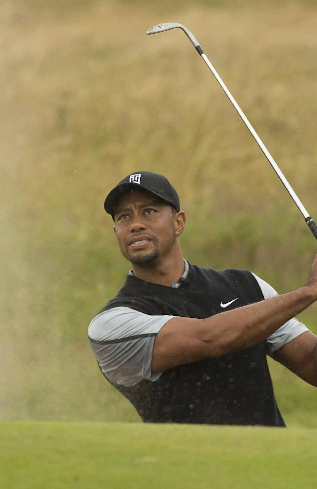 Woods to play with Cabrera, Stenson