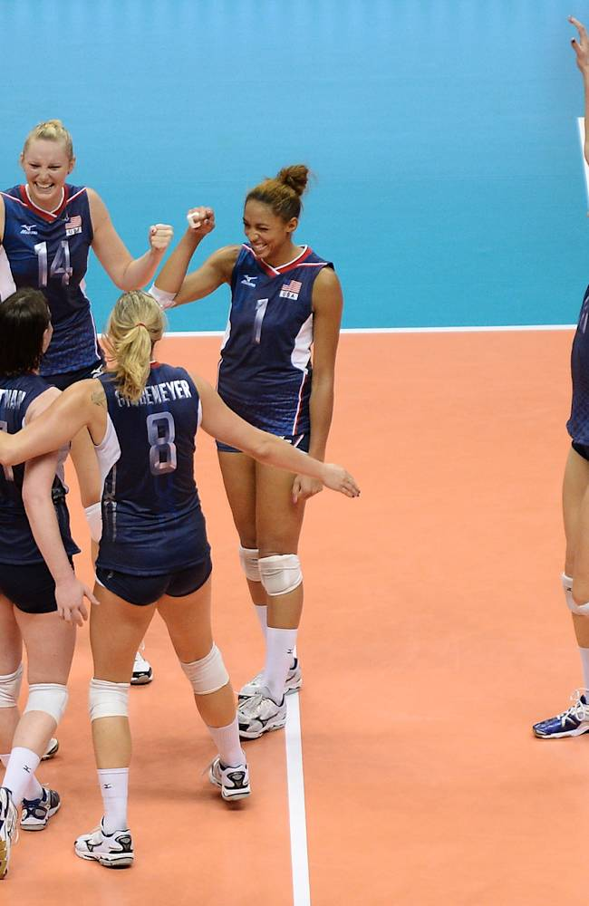 USA v Japan - FIVB World Grand Prix Sapporo 2013 Day 5