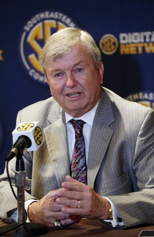 Texas A&M coach Gary Blair talks with reporters at the Southeastern Conference NCAA college basketball media day in Birmingham, Ala., Wednesday, Oct. 16, 2013