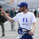 Earnhardt to start on pole after rain washes out qualifying (Yahoo Sports)