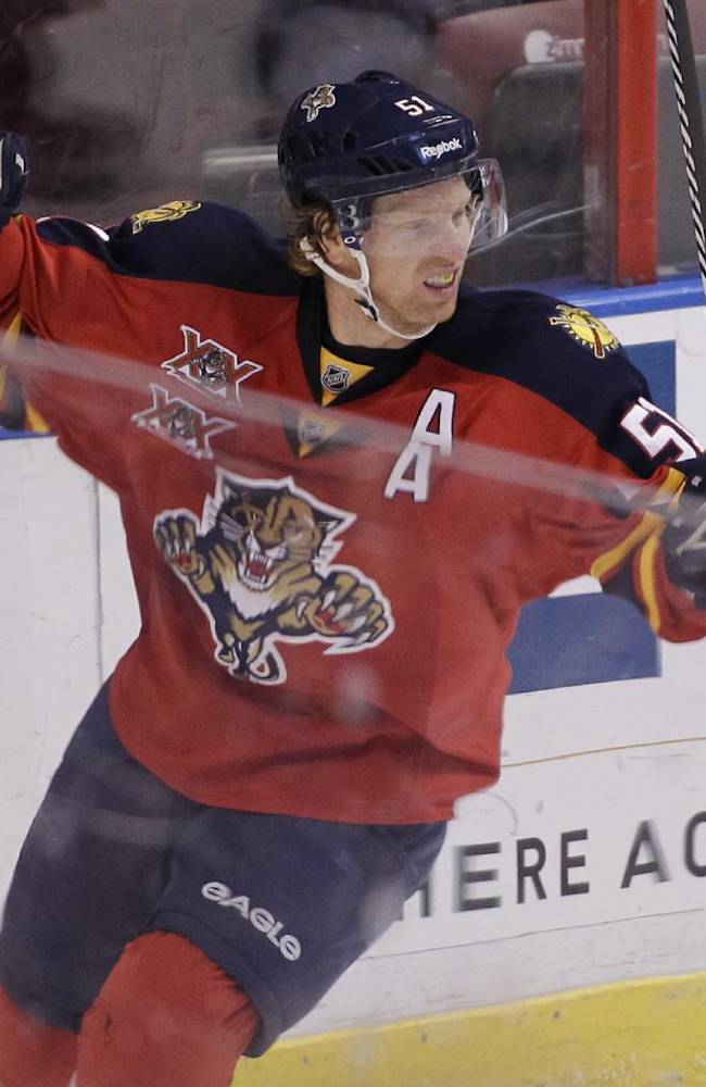 Upshall goal lifts Panthers over Devils 5-3