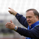 Sunderland hires Advocaat as coach for rest of EPL season