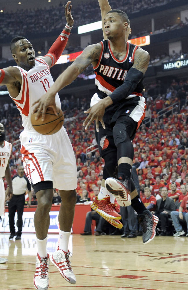 Howard, Lin lead Rockets over Blazers 108-98