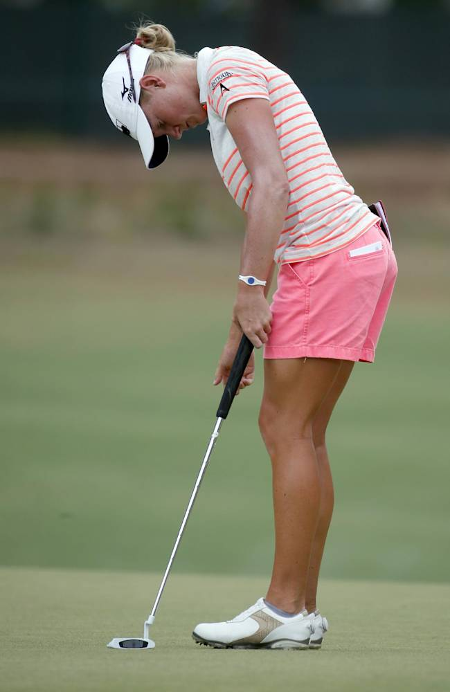 Wie takes a 3-shot lead into weekend at Pinehurst
