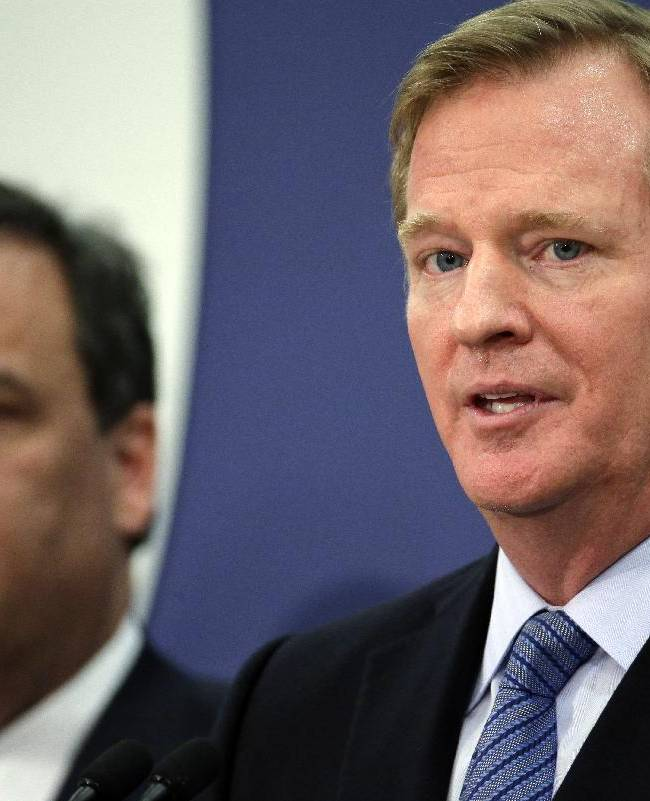 NFL commissioner Roger Goodell, right, and New Jersey Gov. Chris Christie speak at an NFL Foundation news conference Monday, Jan 27, 2014, in Newark, N.J