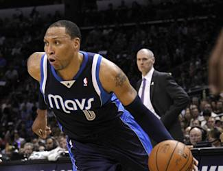 SAN ANTONIO, TX - APRIL 30: Shawn Marion #0 of the Dallas Mavericks drives against the San Antonio Spurs in Game Five of the Western Conference Quarterfinals during the 2014 NBA Playoffs at the AT&T Center on April 30, 2014 in San Antonio, Texas. (Photo by Chris Covatta/Getty Images)