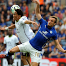 Leicester's Andy King, right, and Everton's Steven Pienaar battle for the ball during the English Premier League soccer match between Leicester City and Everton at King Power Stadium, in Leicester, England, Saturday, Aug 16, 2014