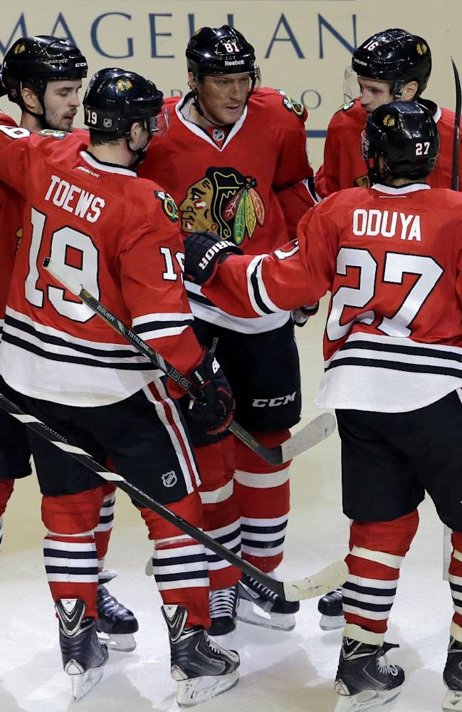 Blackhawks cool off Ducks with 4-2 victory