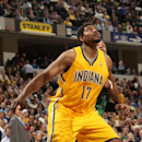 INDIANAPOLIS - MARCH 11: Andrew Bynum #17 of the Indiana Pacers boxes out against the Boston Celtics at Bankers Life Fieldhouse on March 11, 2014 in Indianapolis, Indiana. (Photo by Ron Hoskins/NBAE via Getty Images)