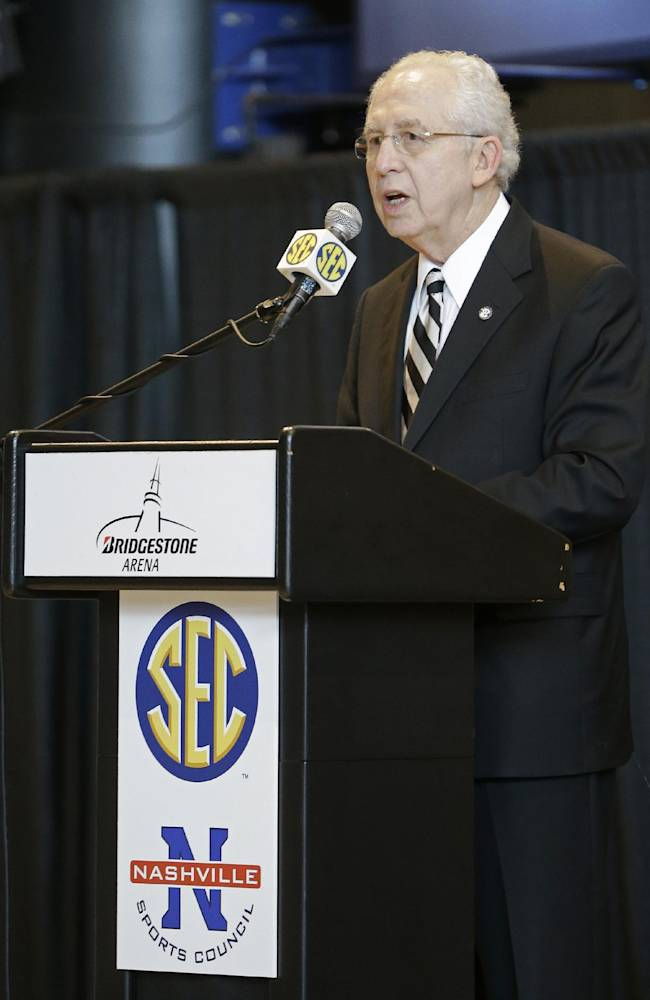 Southeastern Conference Commissioner Mike Slive speaks at an announcement at Bridgestone Arena on Tuesday, Oct. 15, 2013, in Nashville, Tenn. The Southeastern Conference is making Nashville the primary home of its men's NCAA college basketball tournament through 2026